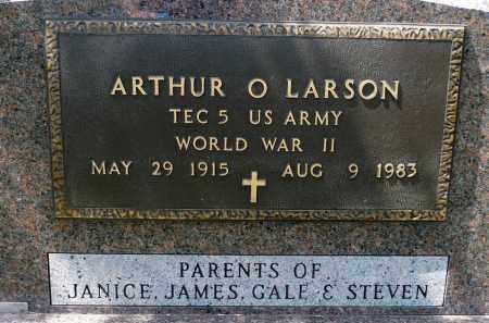 LARSON, ARTHUR O. (WWII) - Minnehaha County, South Dakota | ARTHUR O. (WWII) LARSON - South Dakota Gravestone Photos