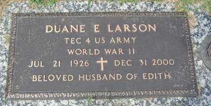 LARSON, DUANE E. (WWII) - Minnehaha County, South Dakota | DUANE E. (WWII) LARSON - South Dakota Gravestone Photos