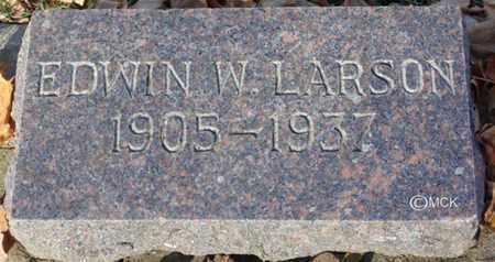 LARSON, EDWIN W. - Minnehaha County, South Dakota   EDWIN W. LARSON - South Dakota Gravestone Photos