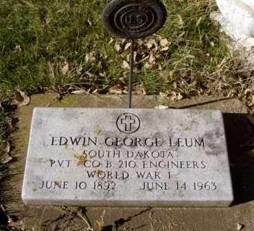 LEUM, EDWIN GEORGE - Minnehaha County, South Dakota   EDWIN GEORGE LEUM - South Dakota Gravestone Photos