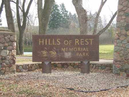 *HILLS OF REST, MEMORIAL PARK - Minnehaha County, South Dakota | MEMORIAL PARK *HILLS OF REST - South Dakota Gravestone Photos