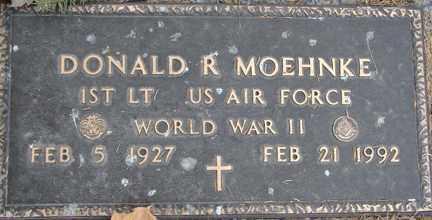 MOEHNKE, DONALD R. (WWII) - Minnehaha County, South Dakota   DONALD R. (WWII) MOEHNKE - South Dakota Gravestone Photos