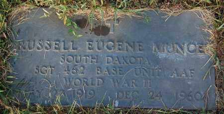 MUNCE, RUSSELL EUGENE - Minnehaha County, South Dakota | RUSSELL EUGENE MUNCE - South Dakota Gravestone Photos