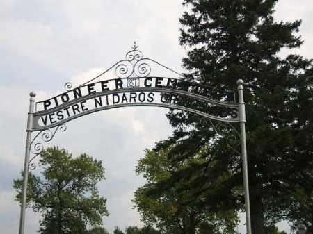 *PIONEER CEMTERY, ENTRANCE - Minnehaha County, South Dakota | ENTRANCE *PIONEER CEMTERY - South Dakota Gravestone Photos