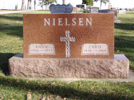NIELSEN, CHRIS - Minnehaha County, South Dakota | CHRIS NIELSEN - South Dakota Gravestone Photos