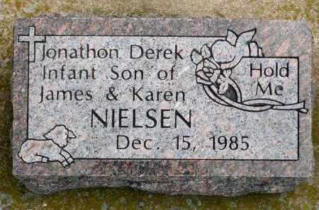 NIELSEN, JONATHON DEREK - Minnehaha County, South Dakota   JONATHON DEREK NIELSEN - South Dakota Gravestone Photos