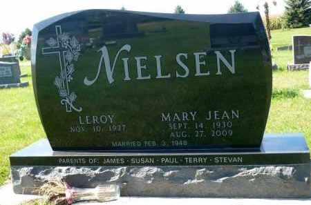 NIELSEN, LEROY - Minnehaha County, South Dakota | LEROY NIELSEN - South Dakota Gravestone Photos