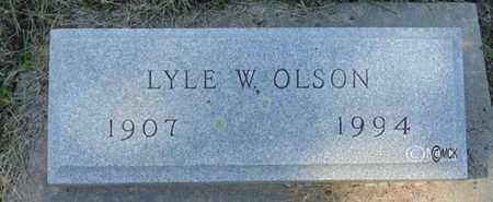 OLSON, LYLE W. - Minnehaha County, South Dakota   LYLE W. OLSON - South Dakota Gravestone Photos