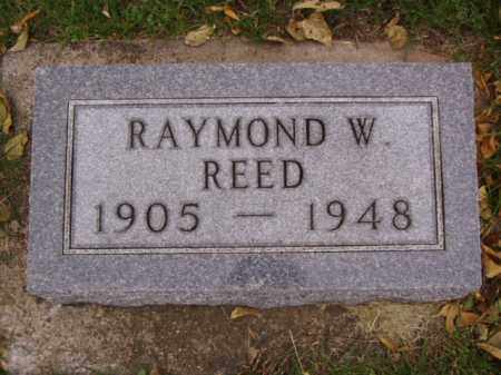REED, RAYMOND W. - Minnehaha County, South Dakota | RAYMOND W. REED - South Dakota Gravestone Photos