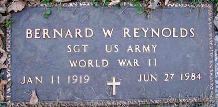 REYNOLDS, BERNARD W. (WWII) - Minnehaha County, South Dakota | BERNARD W. (WWII) REYNOLDS - South Dakota Gravestone Photos