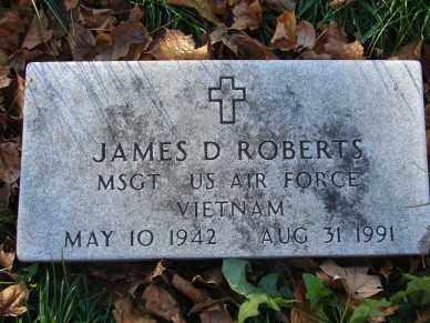 ROBERTS, JAMES D. - Minnehaha County, South Dakota | JAMES D. ROBERTS - South Dakota Gravestone Photos