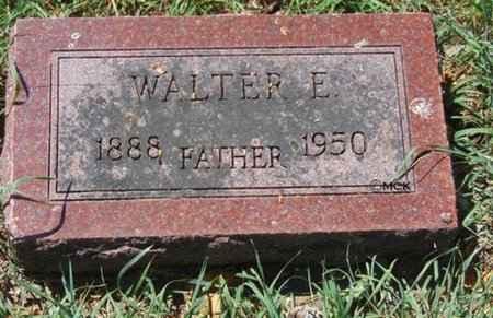 SCHMIDT, WALTER E. - Minnehaha County, South Dakota   WALTER E. SCHMIDT - South Dakota Gravestone Photos
