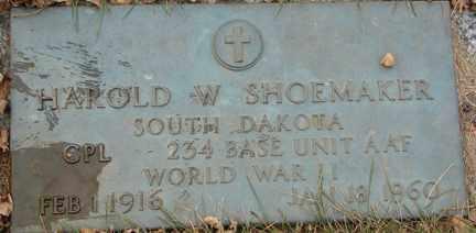 SHOEMAKER, HAROLD W. (WWII) - Minnehaha County, South Dakota   HAROLD W. (WWII) SHOEMAKER - South Dakota Gravestone Photos