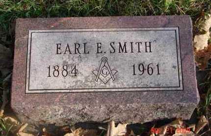 SMITH, EARL E. - Minnehaha County, South Dakota   EARL E. SMITH - South Dakota Gravestone Photos