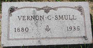 SMULL, VERNON C. - Minnehaha County, South Dakota | VERNON C. SMULL - South Dakota Gravestone Photos