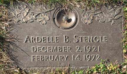 STENGLE, ARDELLE B. - Minnehaha County, South Dakota | ARDELLE B. STENGLE - South Dakota Gravestone Photos