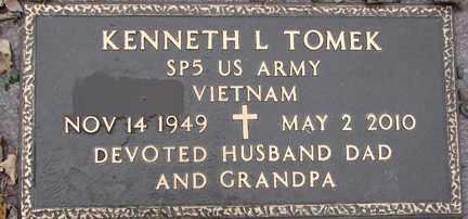 TOMEK, KENNETH L. (VIETNAM) - Minnehaha County, South Dakota | KENNETH L. (VIETNAM) TOMEK - South Dakota Gravestone Photos