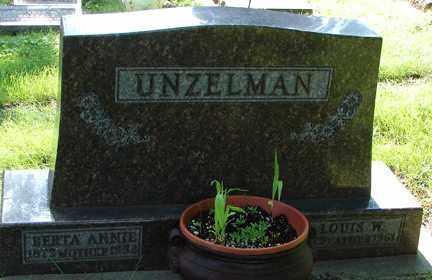 UNZELMAN, LOUIS W. - Minnehaha County, South Dakota | LOUIS W. UNZELMAN - South Dakota Gravestone Photos