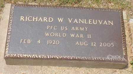 VANLEUVAN, RICHARD W. - Minnehaha County, South Dakota | RICHARD W. VANLEUVAN - South Dakota Gravestone Photos
