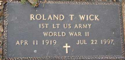 WICK, ROLAND T. (WWII) - Minnehaha County, South Dakota   ROLAND T. (WWII) WICK - South Dakota Gravestone Photos