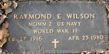WILSON, RAYMOND E. (WWII) - Minnehaha County, South Dakota | RAYMOND E. (WWII) WILSON - South Dakota Gravestone Photos