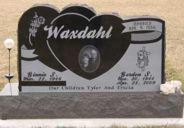 WAXDAHL, GINNIE S - Moody County, South Dakota   GINNIE S WAXDAHL - South Dakota Gravestone Photos