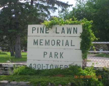 *PINE LAWN MEMORIAL PARK, SIGN AT MAIN GATE - Pennington County, South Dakota | SIGN AT MAIN GATE *PINE LAWN MEMORIAL PARK - South Dakota Gravestone Photos