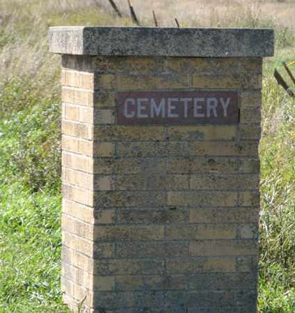 *RIVERVIEW CEMETERY, ROAD SIGN RIGHT - Turner County, South Dakota | ROAD SIGN RIGHT *RIVERVIEW CEMETERY - South Dakota Gravestone Photos
