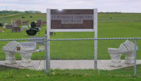 *ST BONIFACE - IDYLWILDE, WIDE VIEW - Turner County, South Dakota | WIDE VIEW *ST BONIFACE - IDYLWILDE - South Dakota Gravestone Photos