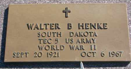 HENKE, WALTER B. (WORLD WAR II) - Union County, South Dakota | WALTER B. (WORLD WAR II) HENKE - South Dakota Gravestone Photos