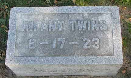 HOLDEN, INFANT TWINS - Union County, South Dakota | INFANT TWINS HOLDEN - South Dakota Gravestone Photos
