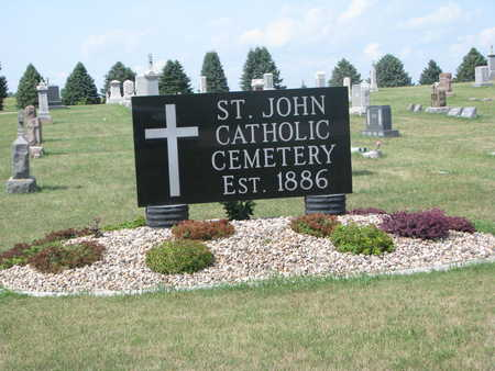 *ST. JOHN CATHOLIC-BERESFORD, ENTRANCE - Union County, South Dakota | ENTRANCE *ST. JOHN CATHOLIC-BERESFORD - South Dakota Gravestone Photos