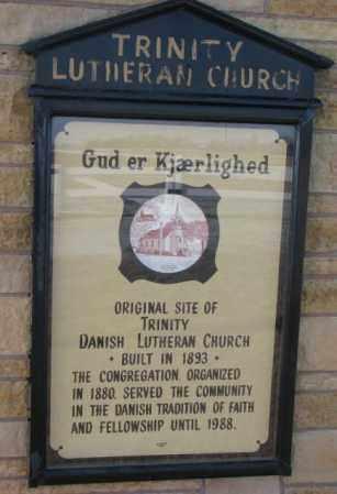 *TRINITY LUTHERAN DANISH, GUD ER KJAERLIGHED - Yankton County, South Dakota   GUD ER KJAERLIGHED *TRINITY LUTHERAN DANISH - South Dakota Gravestone Photos