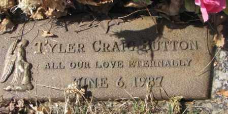 BUTTON, TYLER CRAIG - Yankton County, South Dakota | TYLER CRAIG BUTTON - South Dakota Gravestone Photos