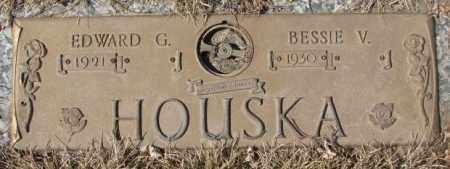 HOUSKA, BESSIE V. - Yankton County, South Dakota | BESSIE V. HOUSKA - South Dakota Gravestone Photos
