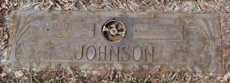 JOHNSON, LLOYD P. - Yankton County, South Dakota | LLOYD P. JOHNSON - South Dakota Gravestone Photos
