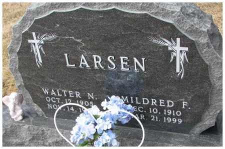 LARSEN, MILDRED F. - Yankton County, South Dakota | MILDRED F. LARSEN - South Dakota Gravestone Photos
