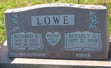 LOWE, RICHARD V. - Yankton County, South Dakota | RICHARD V. LOWE - South Dakota Gravestone Photos