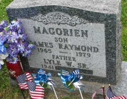 MAGORIEN, LYLE W. - Yankton County, South Dakota | LYLE W. MAGORIEN - South Dakota Gravestone Photos