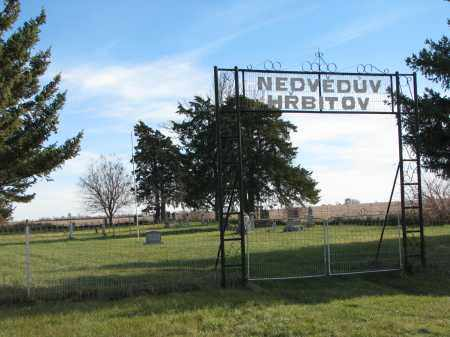 *NEDVED, ENTRANCE-GPS - Yankton County, South Dakota | ENTRANCE-GPS *NEDVED - South Dakota Gravestone Photos
