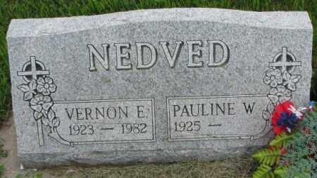NEDVED, VERNON E. - Yankton County, South Dakota | VERNON E. NEDVED - South Dakota Gravestone Photos