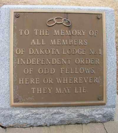 *ODD FELLOWS, MEMORIAL - Yankton County, South Dakota   MEMORIAL *ODD FELLOWS - South Dakota Gravestone Photos