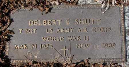 SHUTT, DELBERT E. (WW II) - Yankton County, South Dakota   DELBERT E. (WW II) SHUTT - South Dakota Gravestone Photos