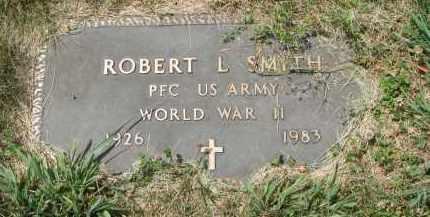 SMITH, ROBERT L. (WW II) - Yankton County, South Dakota | ROBERT L. (WW II) SMITH - South Dakota Gravestone Photos