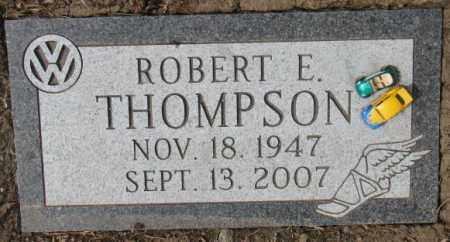THOMPSON, ROBERT E. - Yankton County, South Dakota | ROBERT E. THOMPSON - South Dakota Gravestone Photos