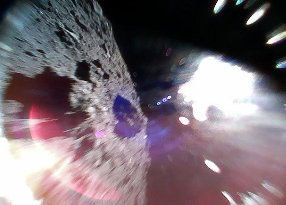 Hayabusa Mini-Rovers Land On Asteroid Ryugu
