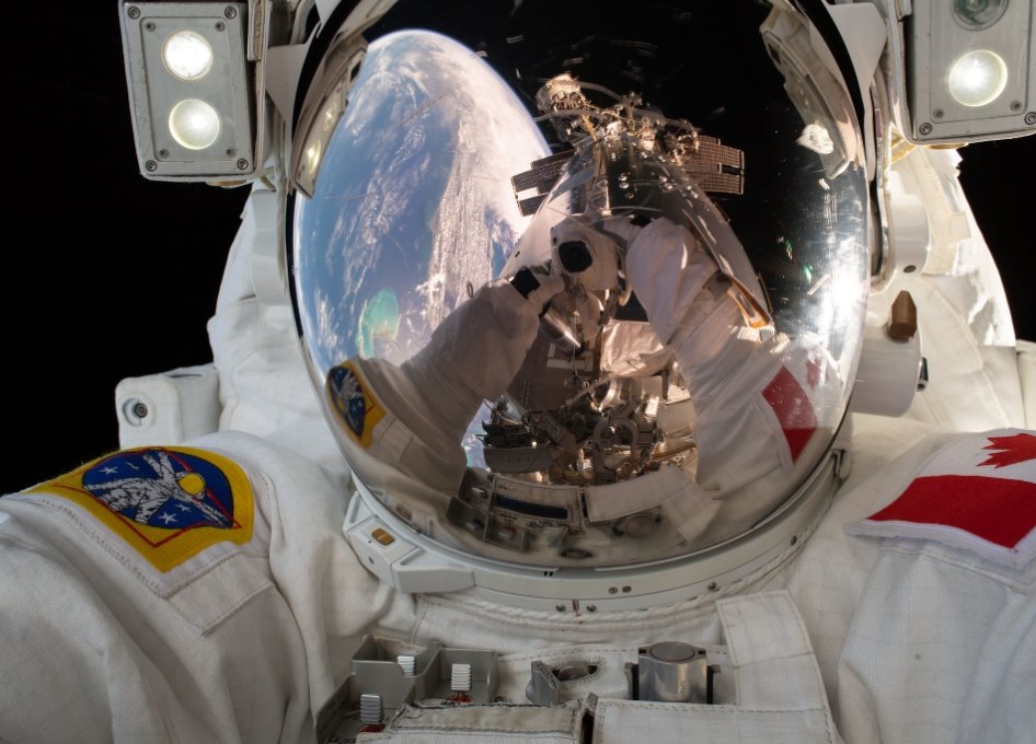 ISS is basically a bacteria-filled locker room, study finds