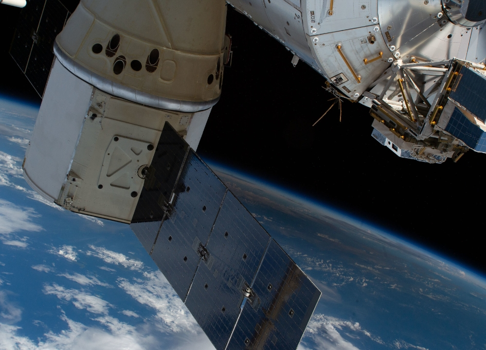 Dragon Cargo Ship propelled to the Space Station for NASA by SpaceX Sticks Rocket Landing