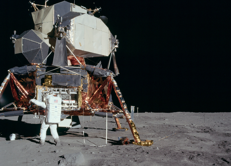Research: Shrinking moon may be generating moonquakes