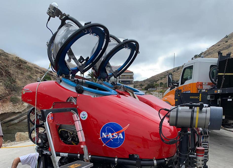 Astronaut Thomas Pesquet's New Underwater Lunar Adventure